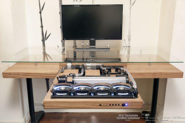 Natural Desk par L.Petitpas (Watermod)